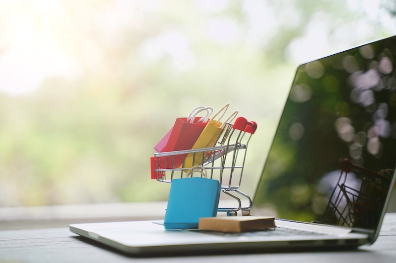 WooCommerce over Shopify